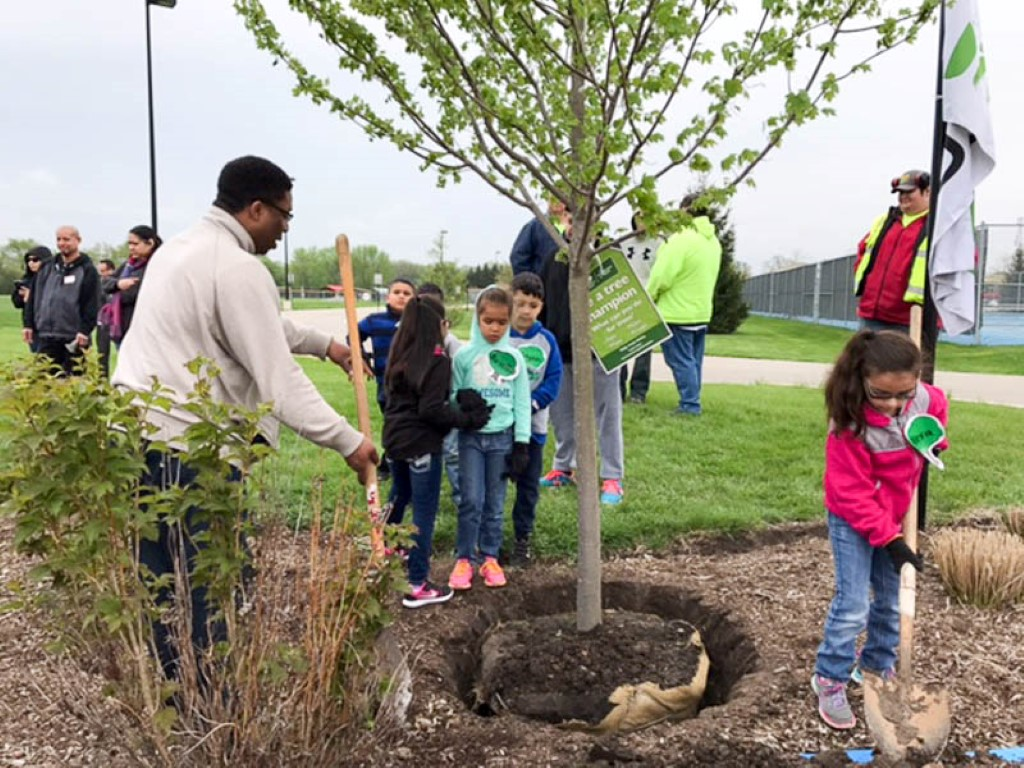 2017 Arbor Day at Waubonsee Community College